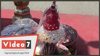 """بالفيديو..فانوس """"علم مصر"""" وفانوس """"فخار"""" أحدث الفوانيس المصرية لمنافسة الصينى وبائع:عليها إقبال"""