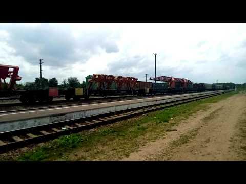 2М62у-0127 с хозяйственным поездом. Станция Клинцы.