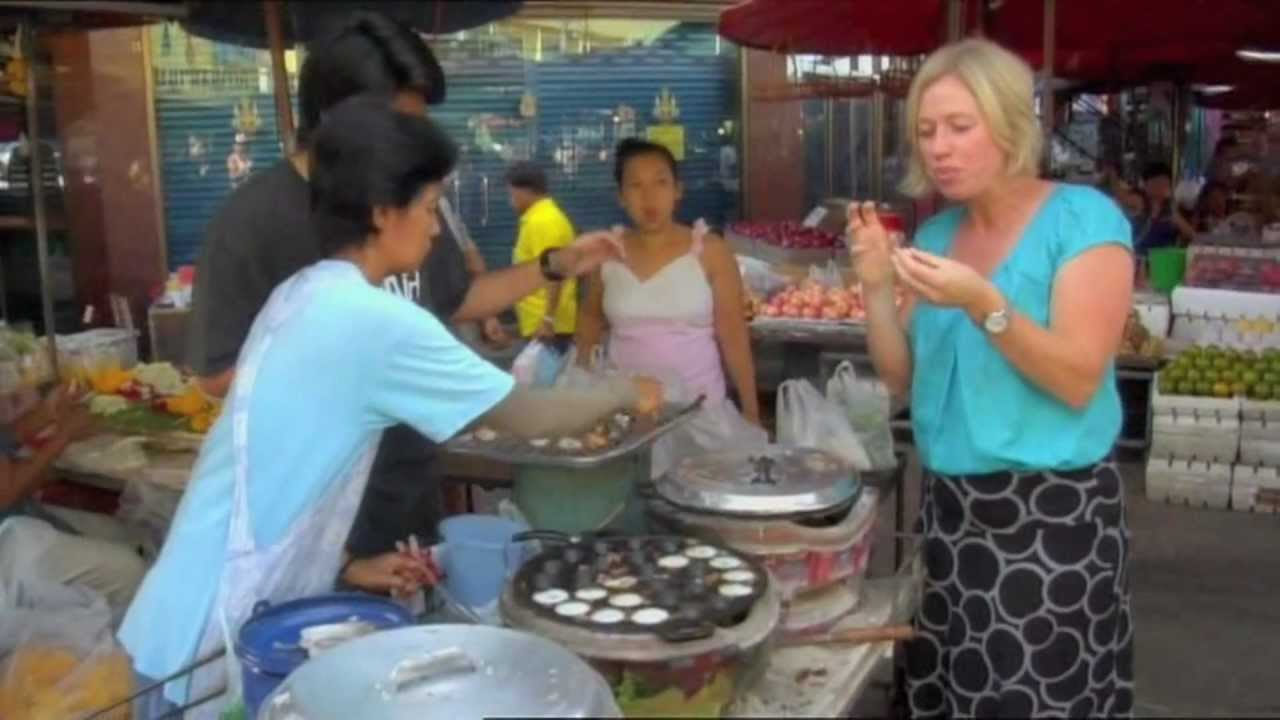 Traditional Thai Street Food World Kitchen Youtube