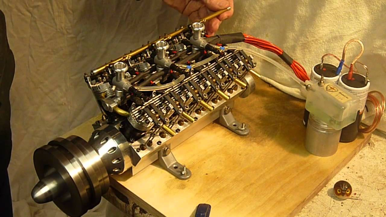 running V12 M Ohrndorf  by Authentic Scale  Model engine  Methanol  Glow   12 Cylinder