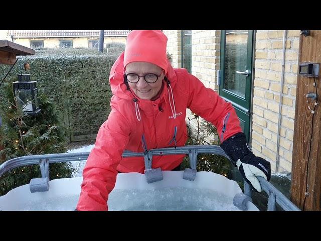12.1.21 Issvømmeranlæg med is ❤ Mette