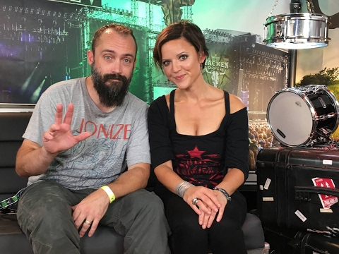 Neil Fallon from Clutch about his secret G.G.Allin 7 ', burning beards and comfort zones. Mp3
