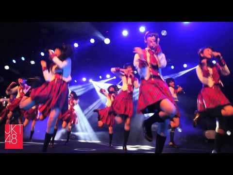 JKT48 live permance: Namida Surprise!