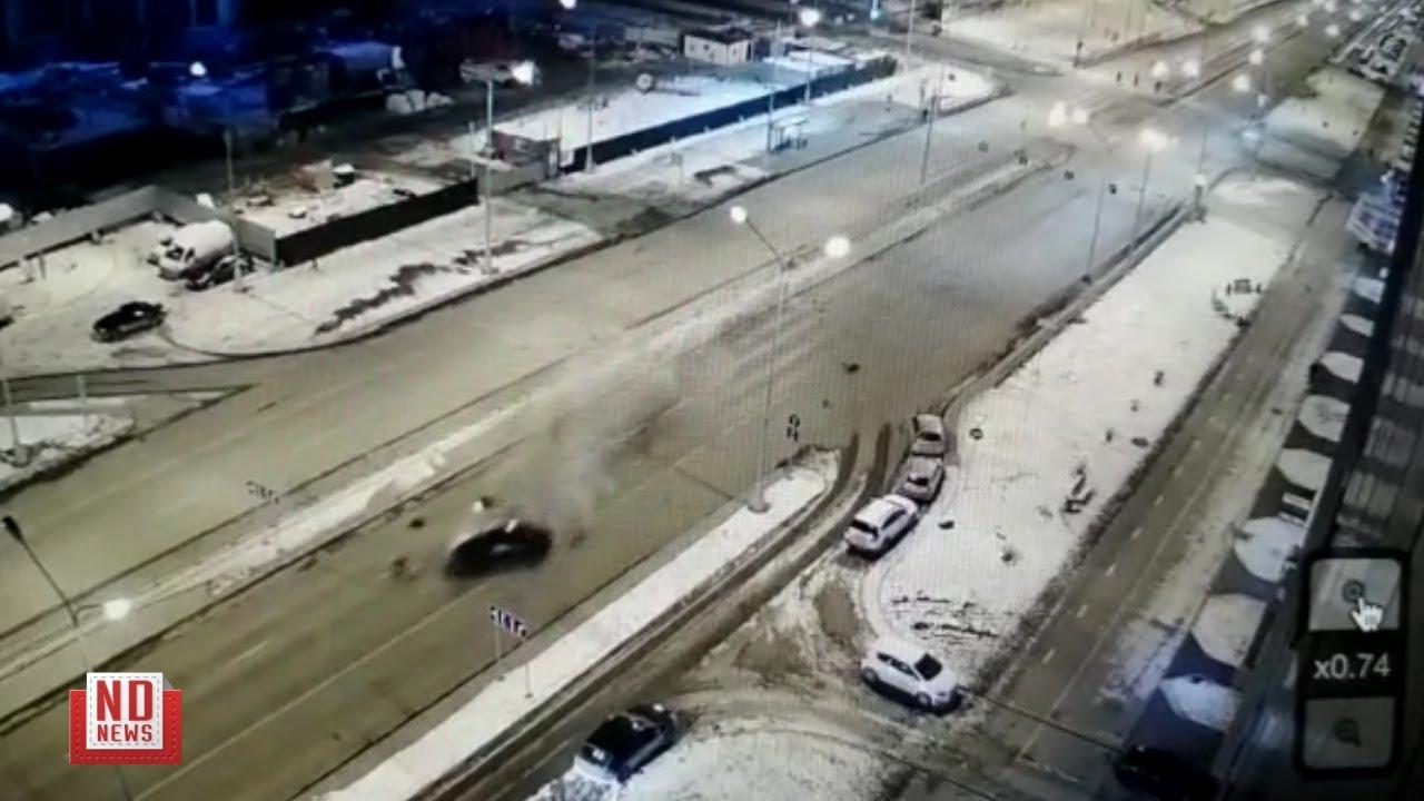 Фольксваген на огромной скорости снес ограждения. Пассажирка погибла