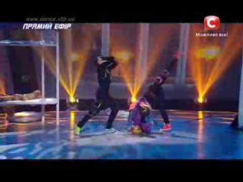 Танцуют все 6 сезон - Илья , Алиса и маленькая девочка - Второй прямой эфир 06.12.2013