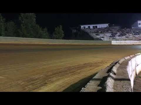 Volunteer Speedway late model heat race heat race