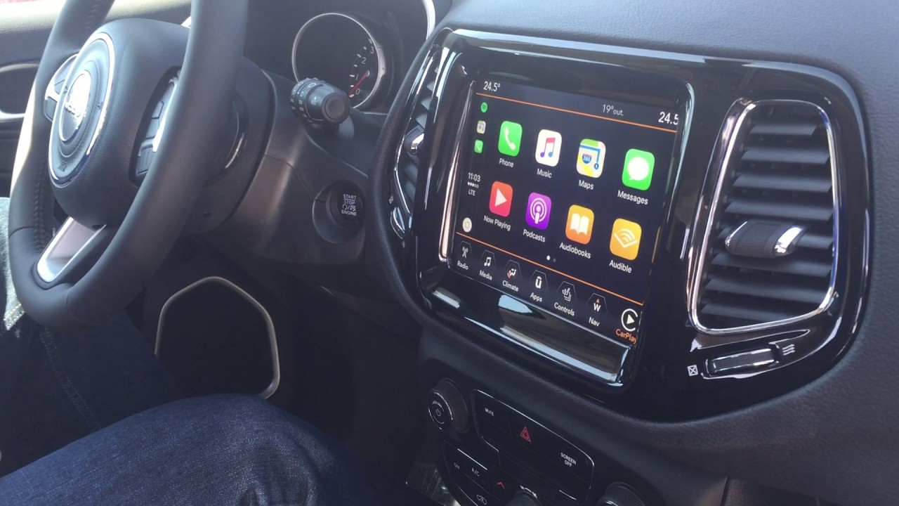How to Use Apple Carplay in the All-New 2017 Jeep Compass ...