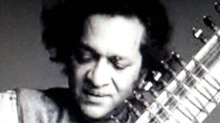 UNIQUE FILES-Pt.Ravishankar-dhrupad and dhamar-raag jhinjhoti