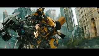 Transformers: el lado oscuro de la luna (2011) bumblebee vs soundwave (hd latino)