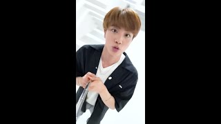 BTS (방탄소년단) Sing 'Dynamite' with me - Jin