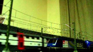 Europe Rail  Modelrailroad Modelleisenbahn HO BLS Re465 Güterzug +durchfahrt SBB IC2000+SBB Re460