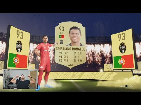 OMG I PACKED CRISTIANO RONALDO 😱 THE BEST FUT CHAMPS REWARDS ON FIFA 20 (INSANE REWARD PACKS)