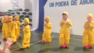 """Maternal matutino canta """"O pato - Vinicius de Moraes"""""""