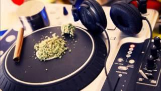T-Pain ft. Wiz Khalifa & Lily Allen - 5 O'Clock (Reggae Remix)