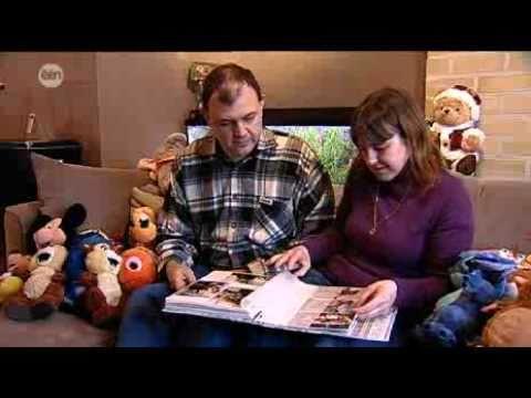 Man Bijt Hond - Vijf keer per jaar naar Disneyland