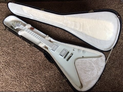 Trogly's Guitars: Gibson Brendon Small Snow Falcon