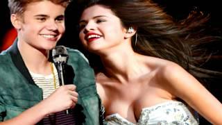 selena gomez hit the lights live kiss justin bieber boyfriend music video mmva awards vma tca