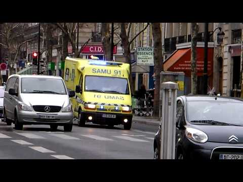 Paris Ambulance SAMU 91 Responding to Emergency with French Siren