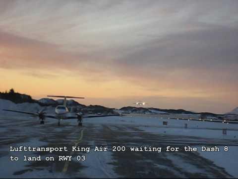 Wideroe Dash 8 landing at Sandnessjøen