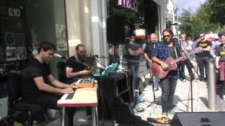 Grant Nicholas - Silent In Space [Cardiff Busking]