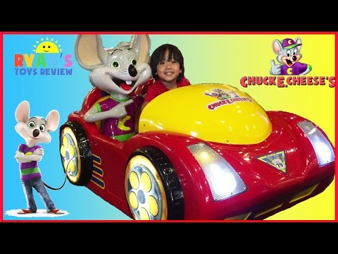 Chuck E Cheese Family Fun Indoor Games and Activities for Kids Children Play Area Ryan ToysReview