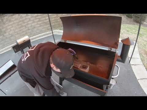 Grilling Tips with Grill Guy Jeremy - Cleaning Your Traeger Grill