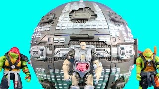 Huge Teenage Mutant Ninja Turtles TMNT Collection With Technodrome Playset With Mikey & Shredder