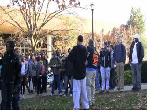 College Campus Open Air Preaching - University of Kentucky (Kerrigan Skelly)