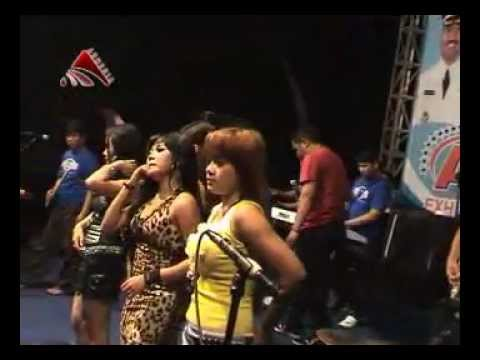 RGS 2012 [All Artis - Perawan Kalimantan] Part 2...