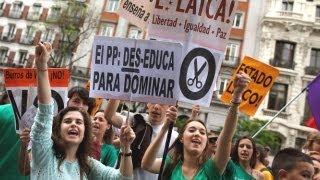 Преподаватели и студенты бастуют в Испании (новости)(, 2013-05-10T07:05:09.000Z)