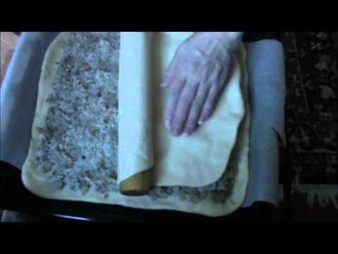 пирог с рисом и сайрой из дрожжевого теста рецепт пошагово