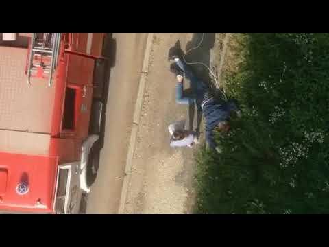 В Твери мужчина погиб, выпав из окна