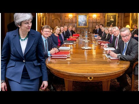 Theresa may 'played a blinder' as brexit team agree vital negotiating position at chequers