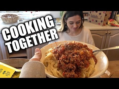 ATTEMPTING TO COOK WITH MY GIRLFRIEND
