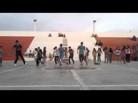 Clasura del Taller de Danzas Urbanas 2015 - Victor Larco Herrera
