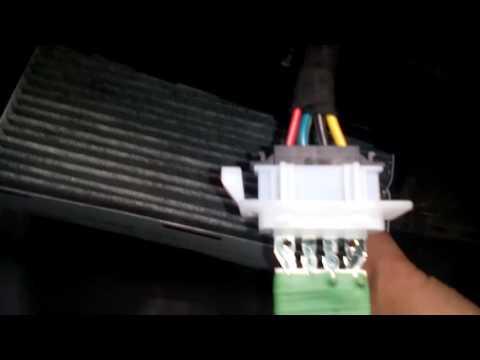 Как заменить реостат терморезистор обдува салона, печки, климата на VW Caddy 3