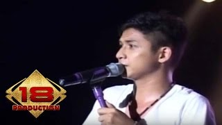 UNGU - Demi Waktu (Live Konser Medan 08 Mei 2010)