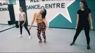 Монатик-Кружит /Dance