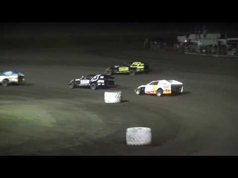 IMCA Modified Season Championship feature Benton County Speedway 8/20/17