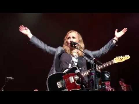 Melissa Etheridge  Memphis Train  102316  Apollo NYC