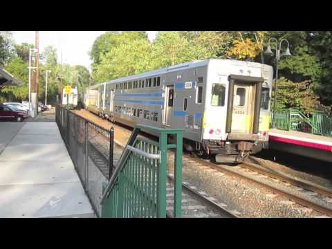 17OCT13 at Glen Cove LIRR Station