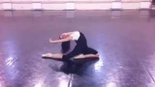 Классно танцует балет(Полная импровизация., 2012-04-17T19:46:38.000Z)