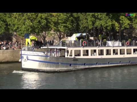 Miscellaneous boats on the Seine River in Paris