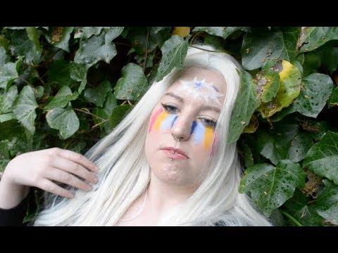 """Kesha """"praying"""" makeup!!"""