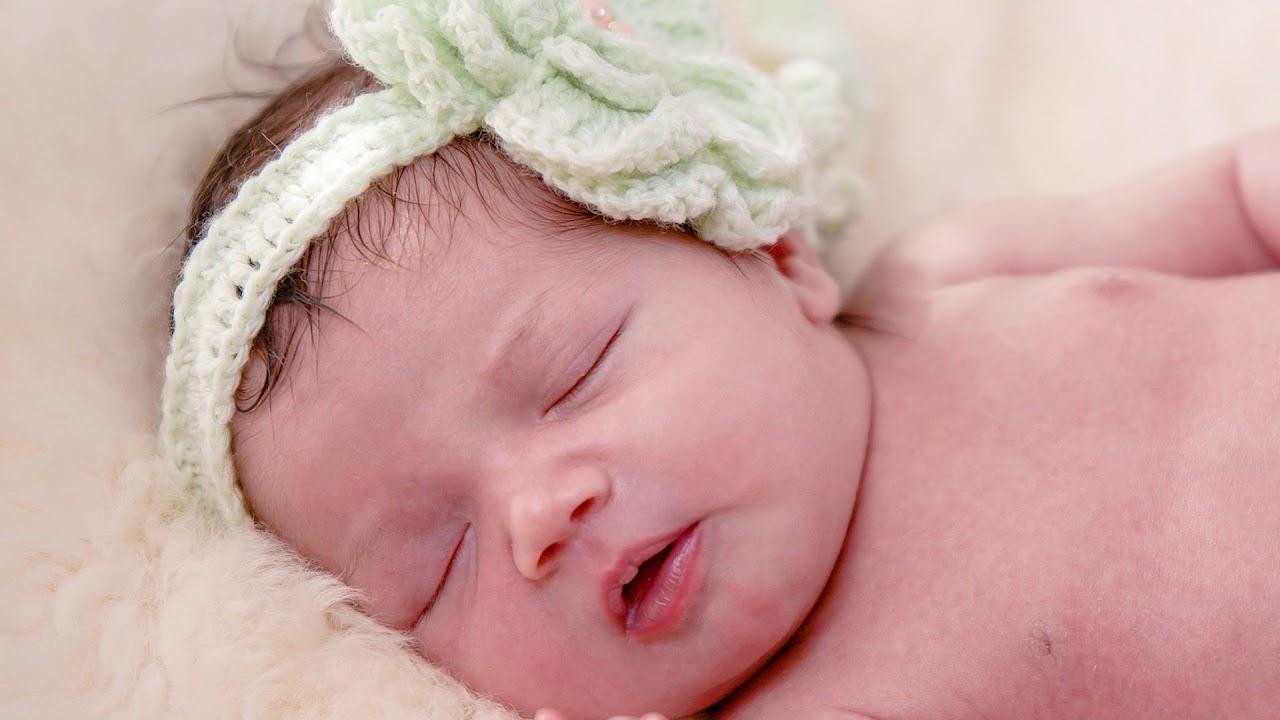 ♫ Zor Uyuyan Bebekler İçin Garantili Uyku Müziği + Piş Piş ♫ REKLAMSIZ ★ Ninni ★ Lullaby