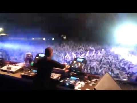 Jeff Mills live at 909 festival 2016 (closing set)