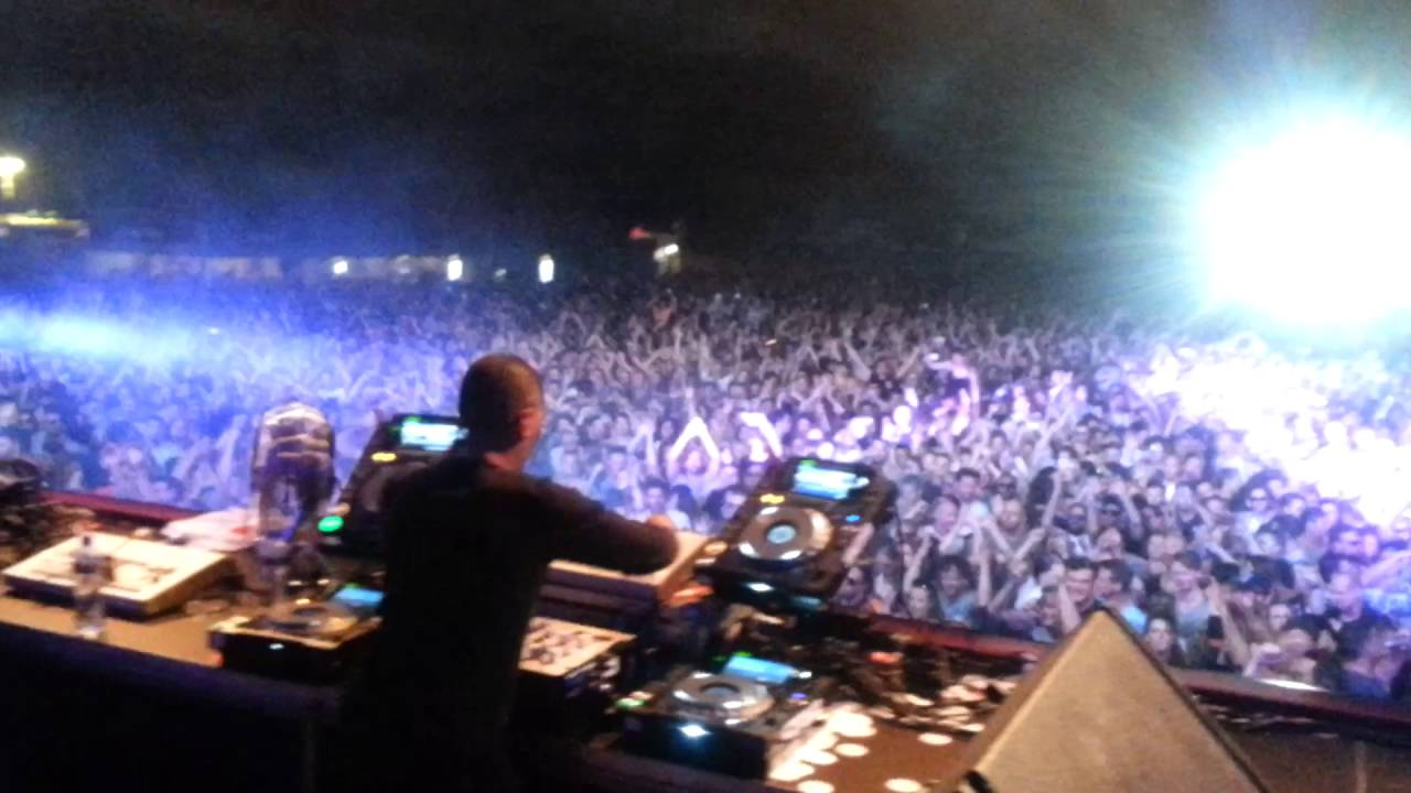 Jeff Mills Live At 909 Festival 2016 Closing Set