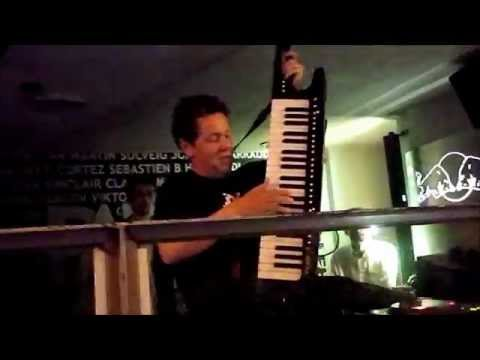 Joachim Garraud keytar live & new track @ Palo Alto - Megève - France - 01/03/2013