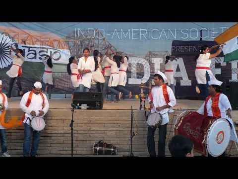 Bloomington Normal Marathi Mandal ShivShardul Dhol Tasha Pathak at Peoria India Fest