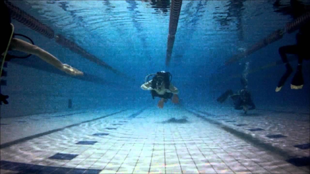 Ramona 39 S Scuba Dive In An Icelandic Swimming Pool Youtube